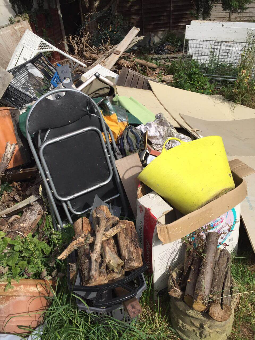 KT1 builders waste clearance Hampton Wick