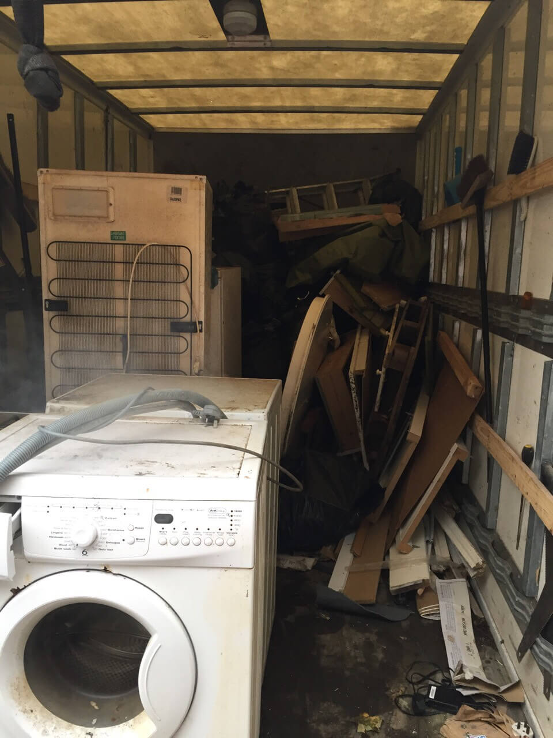 junk disposal W2
