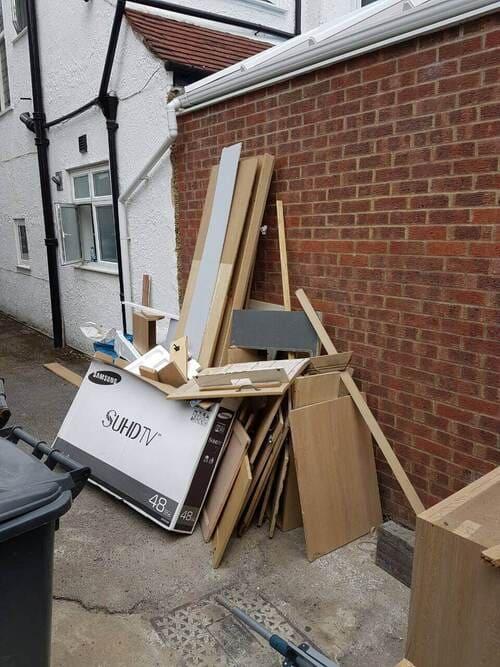 domestic rubbish pick up Old Oak Common