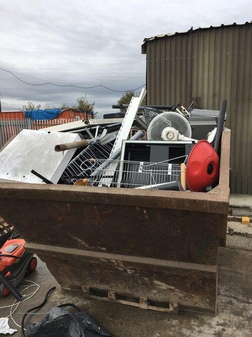 rubbish removal service SW7