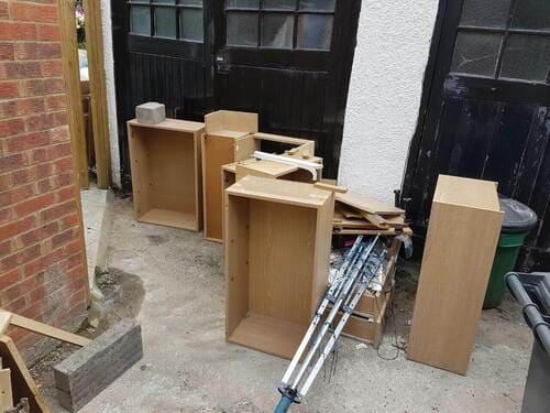 rubbish removal service E3