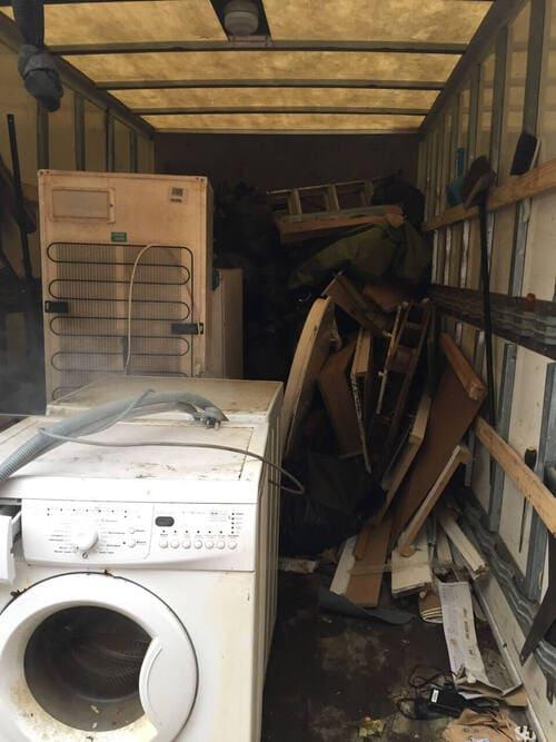 rubbish removal service E1